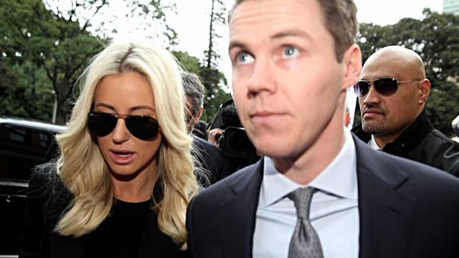 Oliver Curtis and wife Roxy Jacenko.