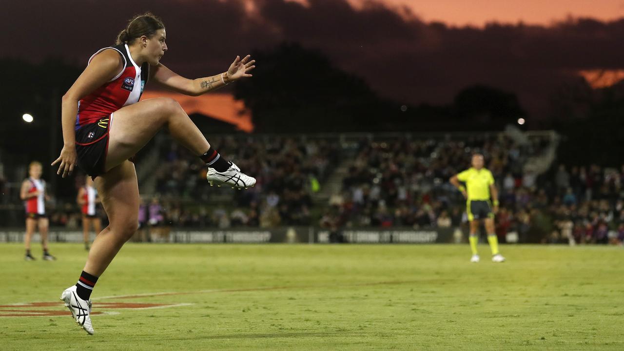 Afl Women S 2020 Caitlin Greiser St Kilda Nicknamed G Train Fraser Gehrig Match Winning Goal Vs Melbourne Video
