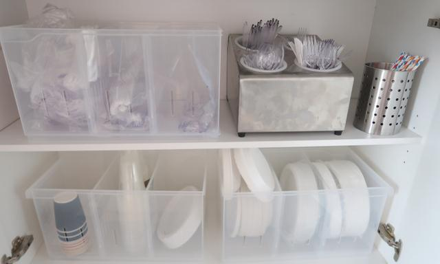 How to organise tupperware plastic containers using Kmart organisation item