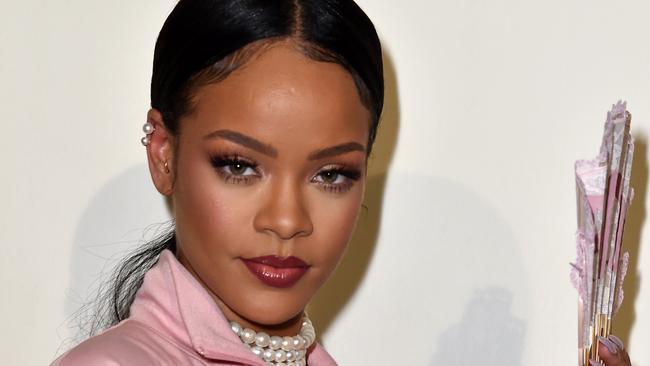 Rihanna wore a bizarre disguise at Coachella music festival.