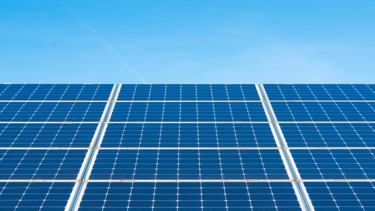 Renewable Energy XXXL