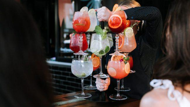 Look at that. An entire stand with a whole mess of cocktails on it. What could possibly go wrong.