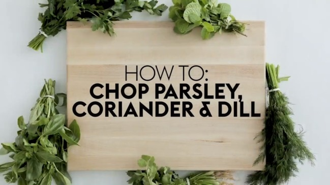 How to chop parsley, coriander and dill