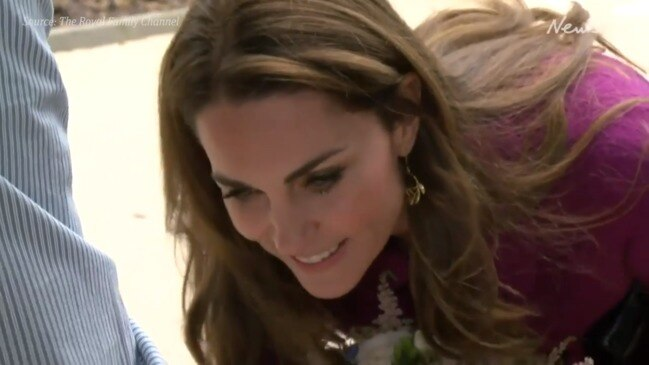 Kate Middleton unveils new hospice plaque