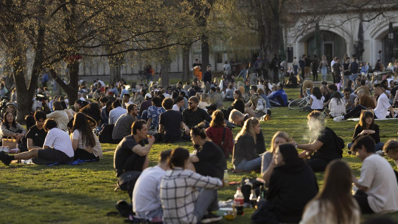 Crowds of people sit in a park in Berlin during a heatwave despite Germany's terrifying third wave of COVID, led by the B117 variant. Picture: Getty Images