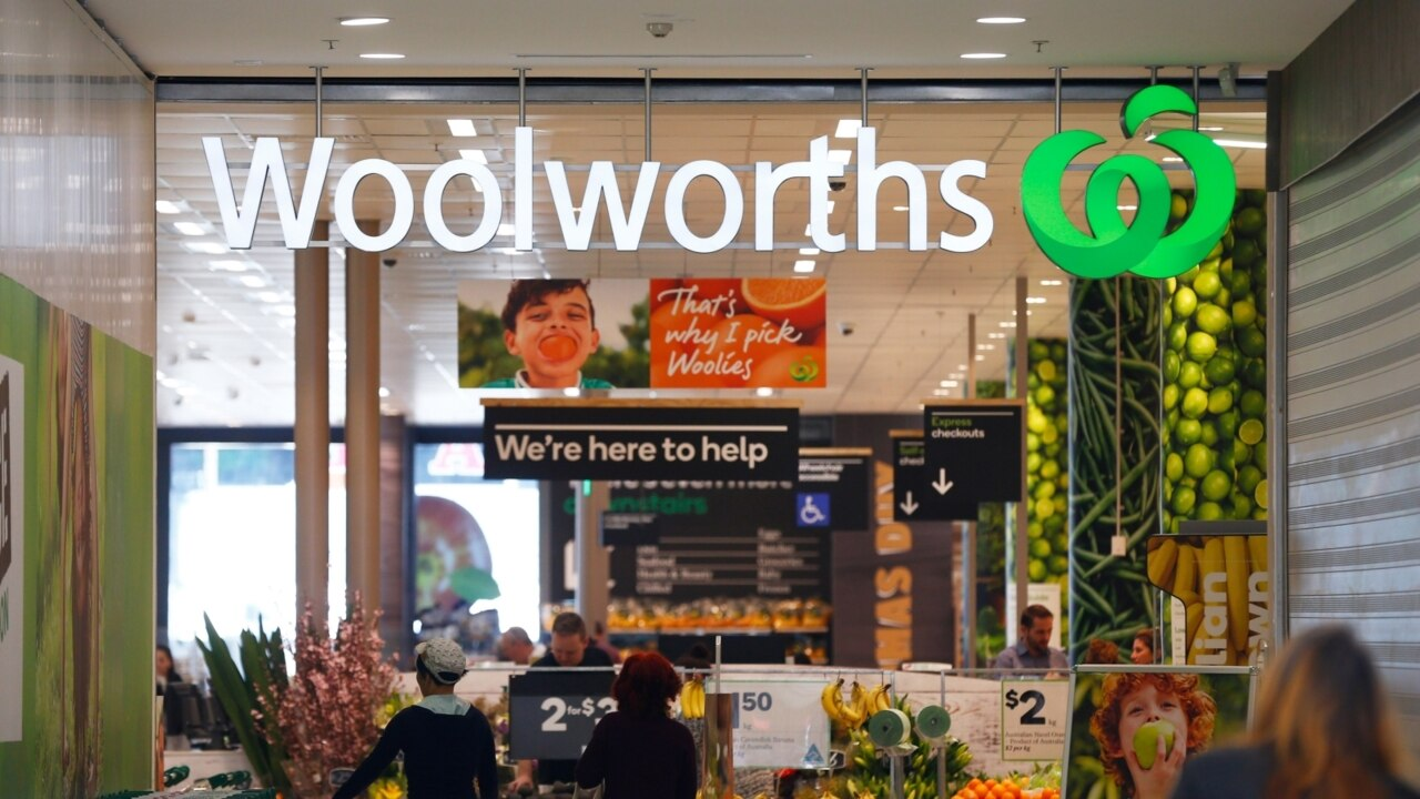 Woolworths suffers sales slump following plastic bag ban