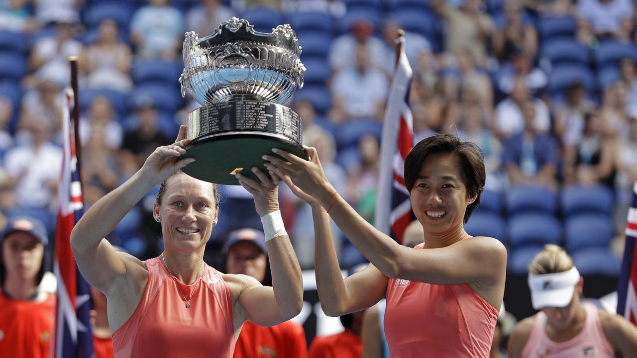 Sam Stosur and Zhang Shuai are the 2019 Australian Open Women's Doubles champions. (AP Photo/Mark Schiefelbein)