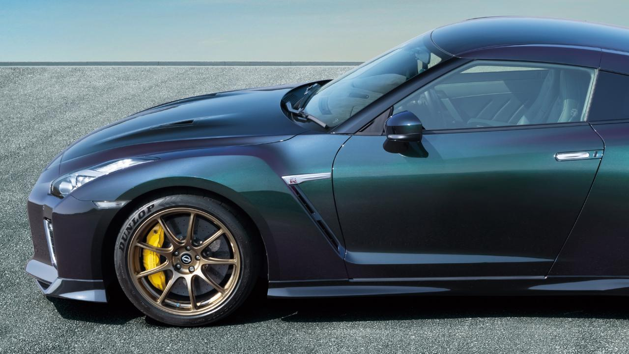 """Nissan is bringing back """"midnight purple"""" for the GT-R."""