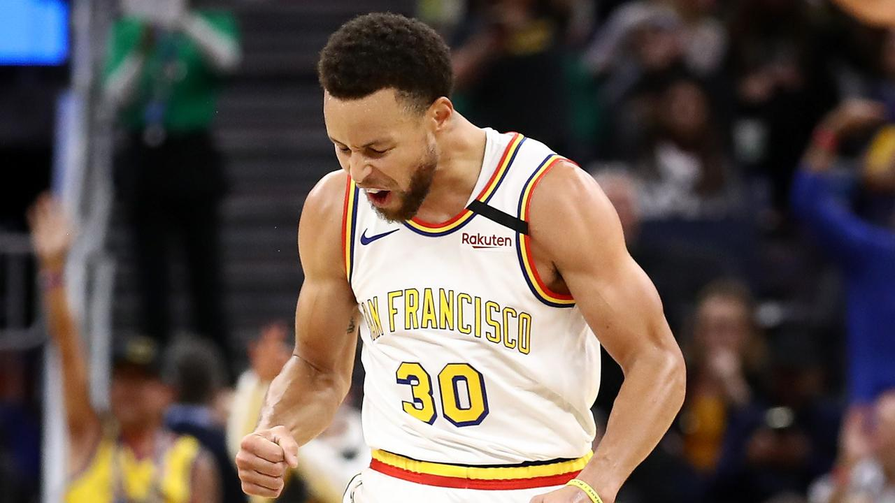 Stephen Curry dropped 23 points.