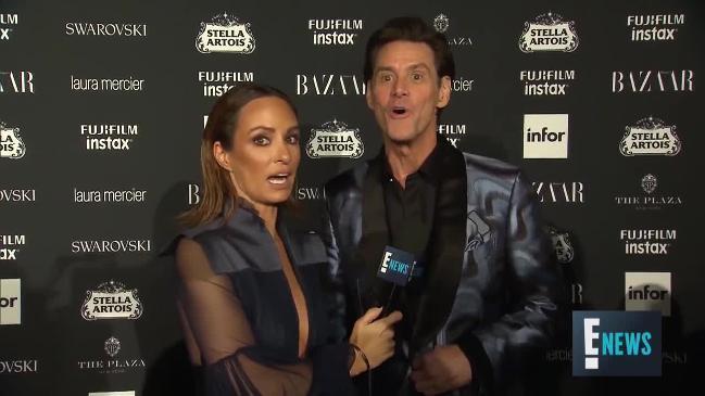 Jim Carrey's bizarre red carpet interview