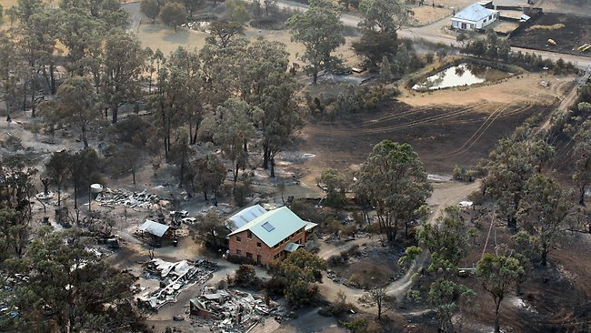 Tasmania bushfire aerials