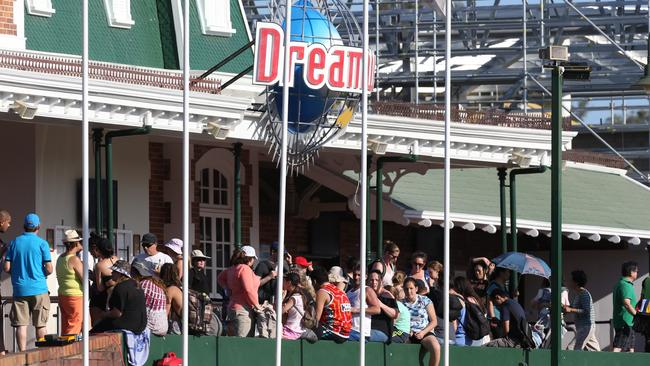 Emergency crew at an incident in Dreamworld, Gold Coast. Shown is people outside the park. Picture: Regi Varghese