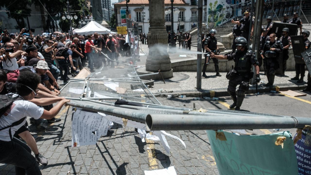 Police Clash With Anti-Austerity Protesters in Rio