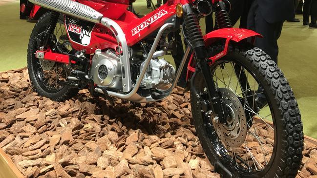 Honda debuts ultimate postie bike at Tokyo motor show