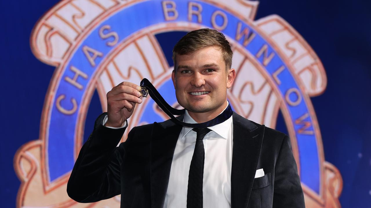 Ollie Wines celebrates his 2021 Brownlow Medal victory, the first time a Port Adelaide player has won the award. Picture: Getty Images