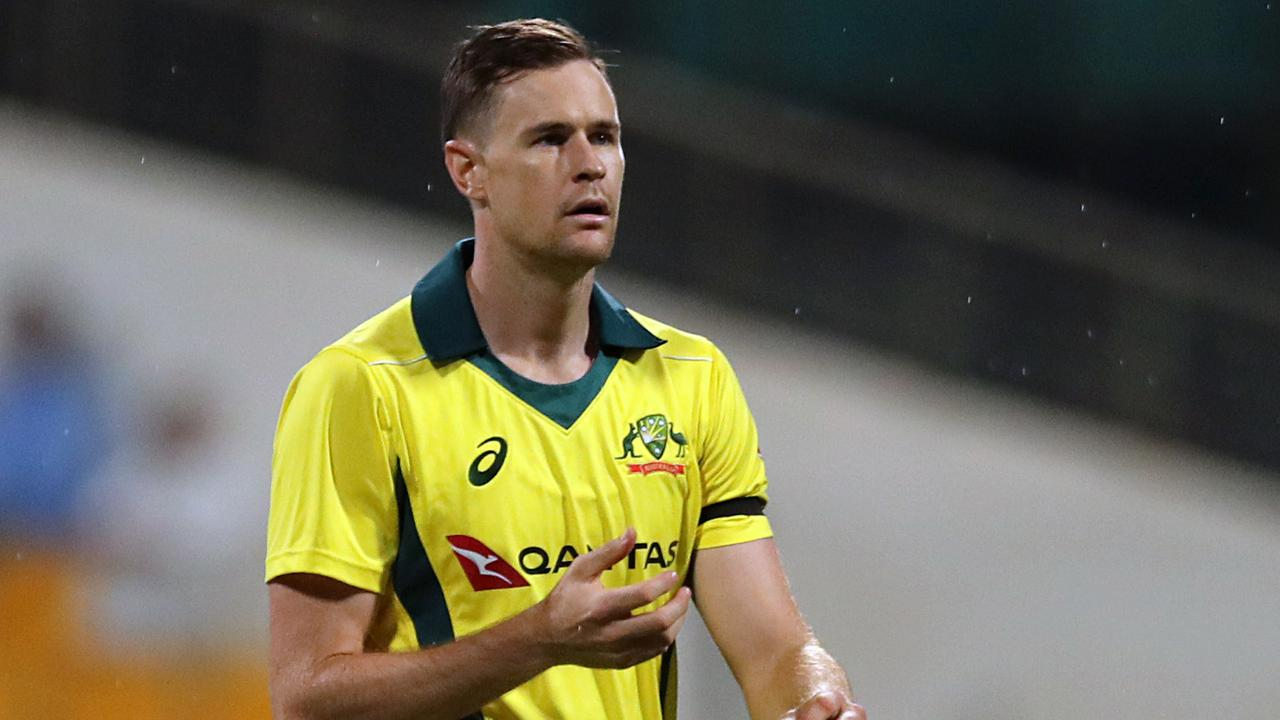 Western Australia fast bowler Jason Behrendorff to miss entire season after opting for surgery