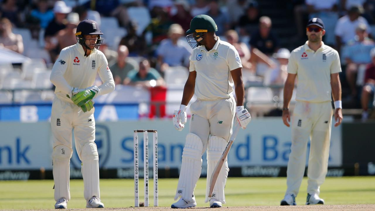 """Jos Buttler called Vernon Philander a """"f***ing knobhead"""" on live TV during the second Test."""