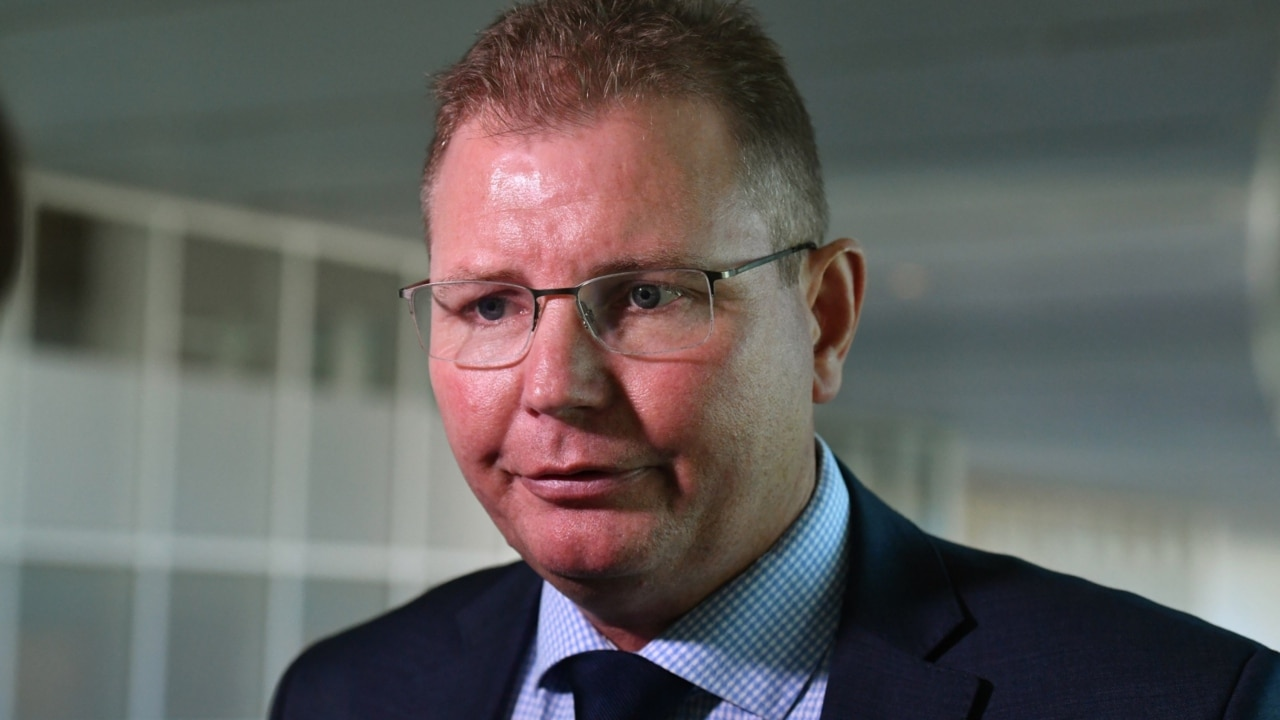 Laundy and Howarth had 'heated exchange' over Turnbull leadership