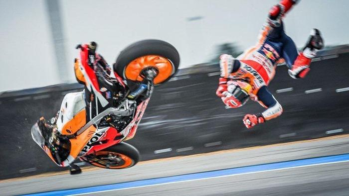Marquez flies through the air. Picture: @ChangCircuit