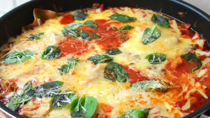 How to make one-pan lasagne