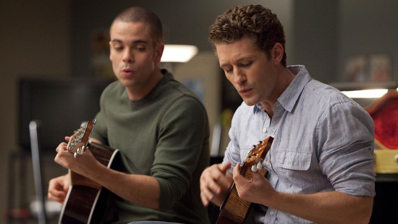 Salling dans une scène de Glee avec Matthew Morrison. Photo : Adam Rose/FOX