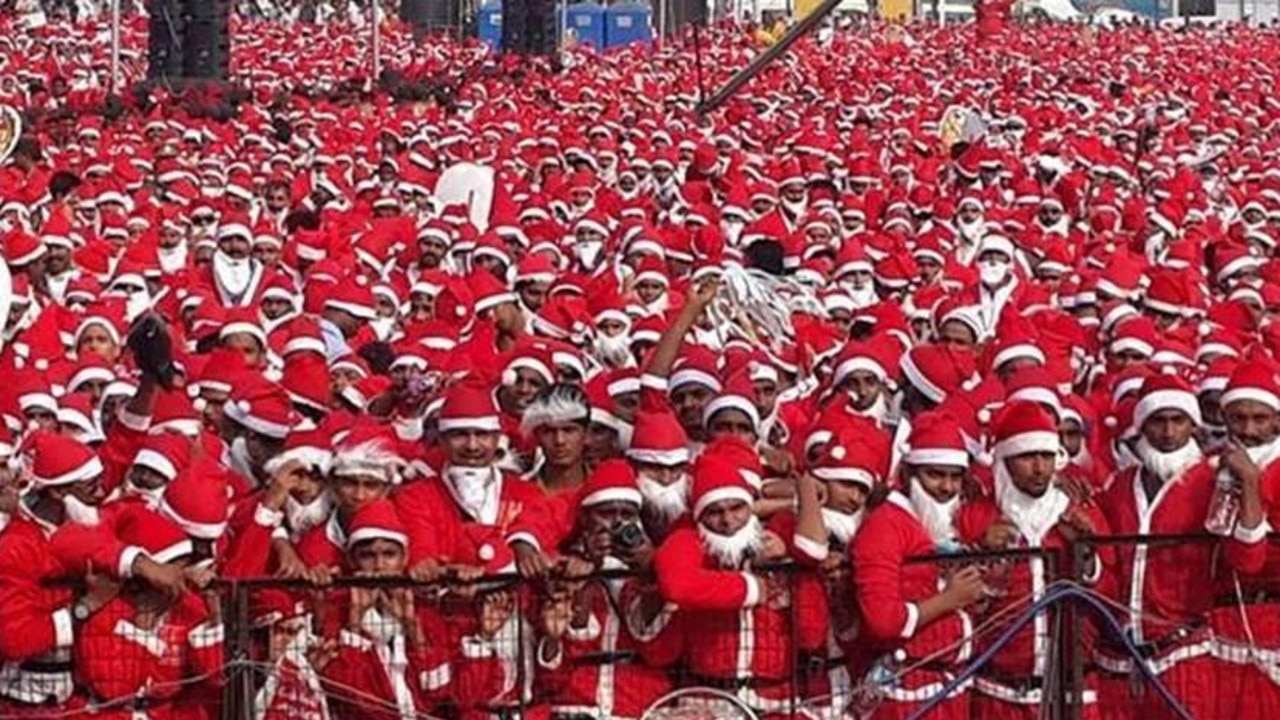 Most Santas from the Guinness World Records