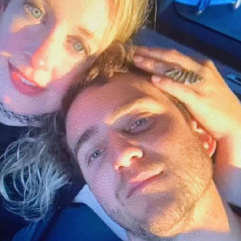 Elizabeth Holmes with her rumoured husband, Billy Evans. Picture: Twitter