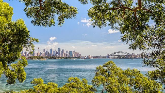 Views of Sydney Harbour from Bradleys Head, Mosman. Picture: Destination NSW