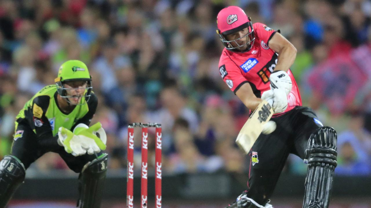 James Vince led the Sixers to victory in the rain affected match.