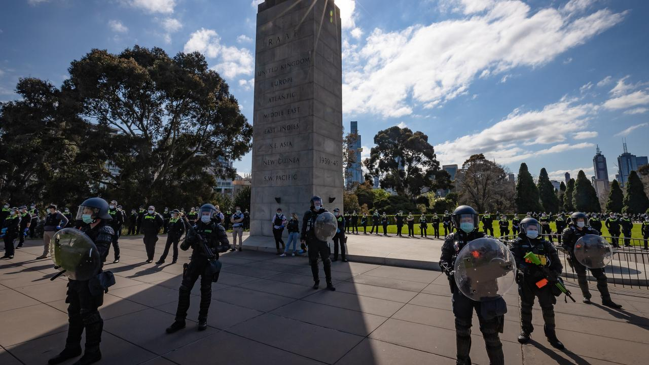 Anti-Lockdown and anti-vax protesters protest march in Melbourne Covid-19 violence with police. Picture: Jason Edwards