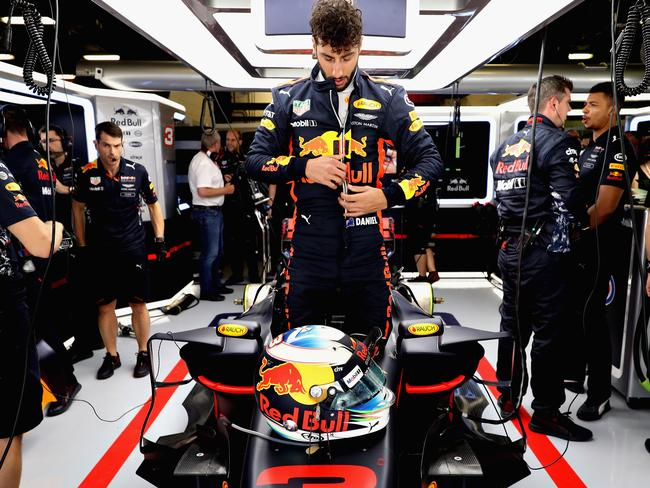 Ricciardo's car doesn't have the added pace needed to challenge the top teams.