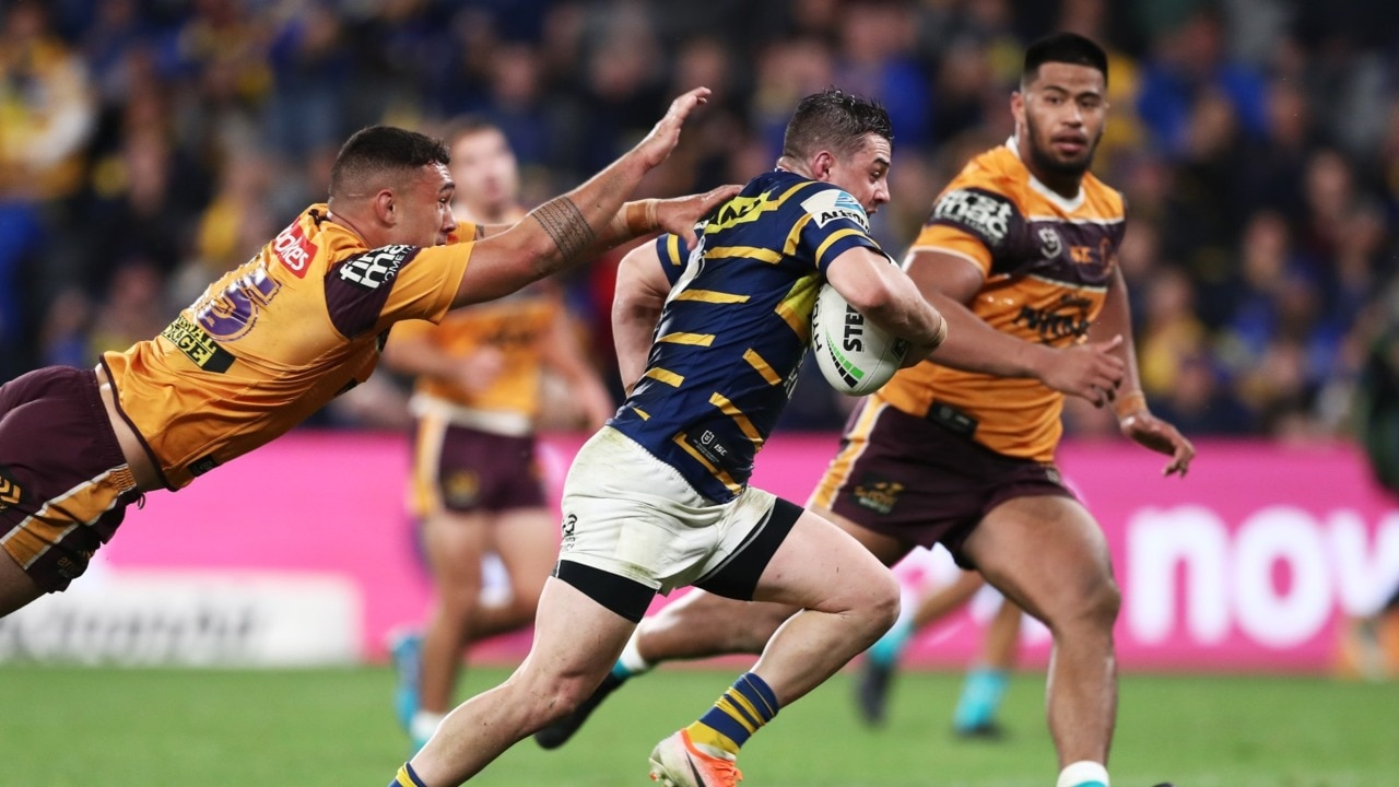 Queensland's NRL sex ban part of strict coronavirus restrictions