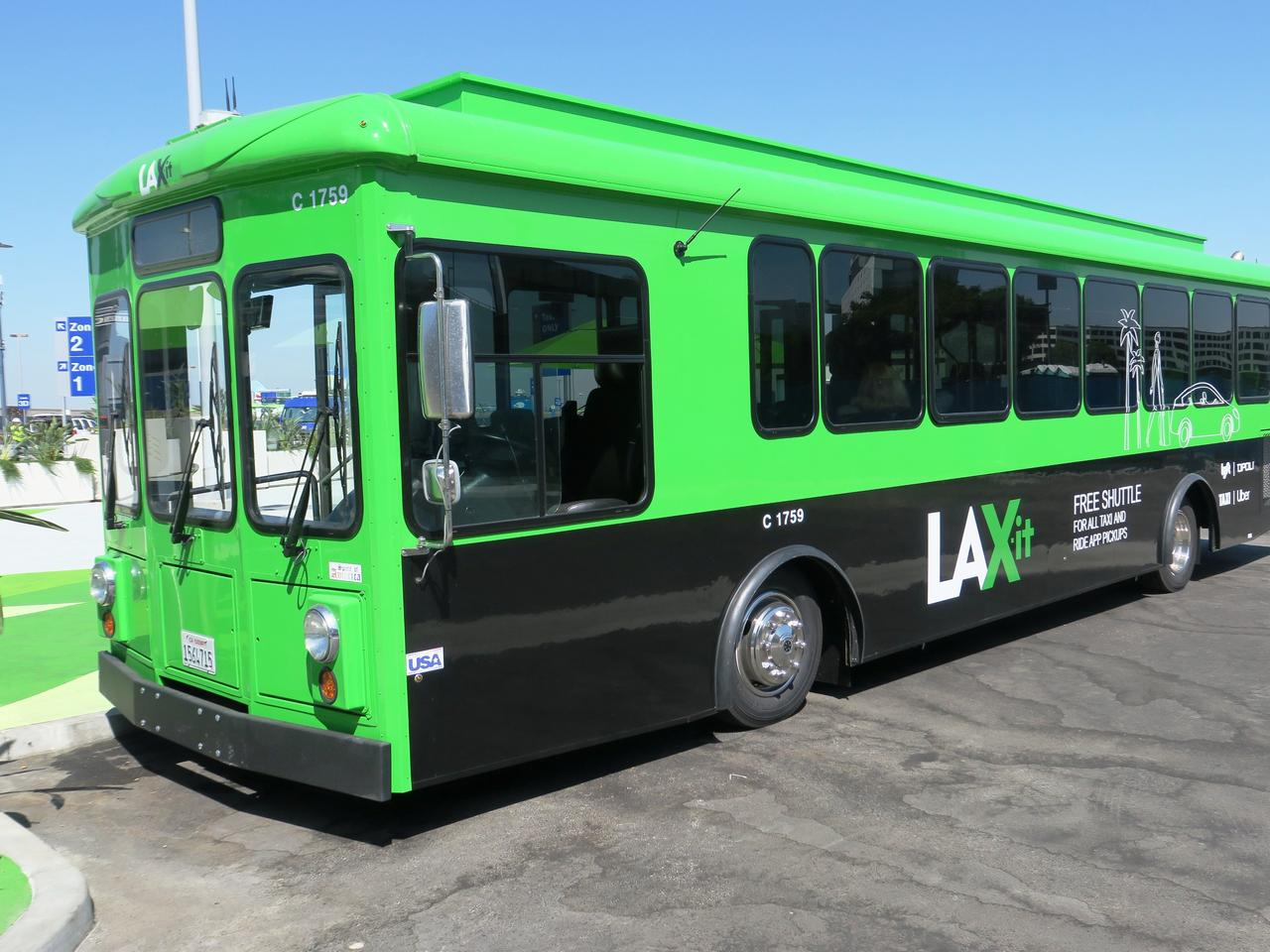 The free LAX-IT Shuttle bus at LAX airport