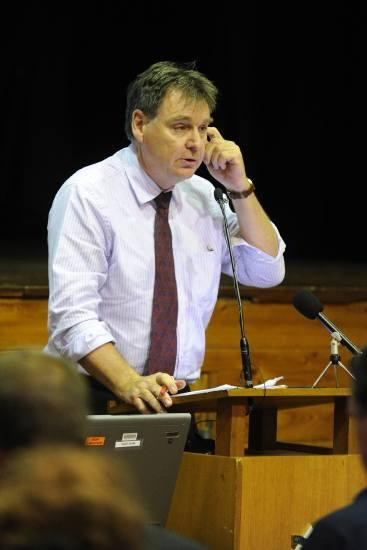 President of Teachers Federation: Maurie Mulheron speaking at the forum on overcrowding in north shore schools at Willoughby Girls High School.
