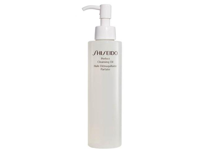 "SHISEIDO PERFECT CLEANSING OIL ""This is my go-to on the road for taking off stubborn zinc, sunscreen and make-up. No scrubbing required; just a quick wipe."" Available at MeccaCosmetica, $63"