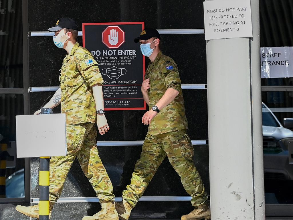 ADF members help with hotel quarantine at the Stamford Plaza Sydney Airport Hotel. Picture: NCA NewsWire/Bianca De Marchi