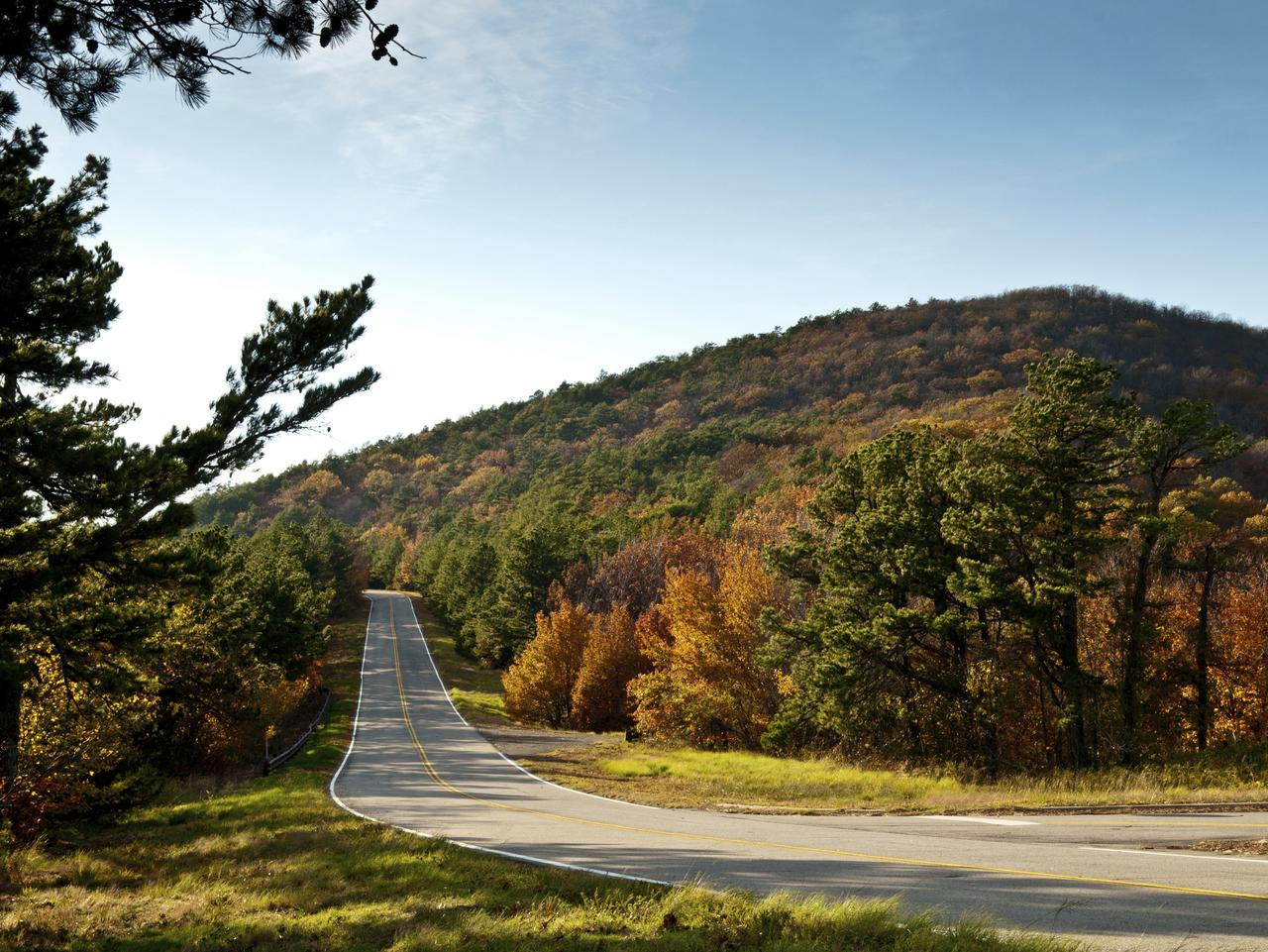 Talimena Scenic Drive road in the Ouachita Mountains. Also known as Talimena National Scenic Byway.