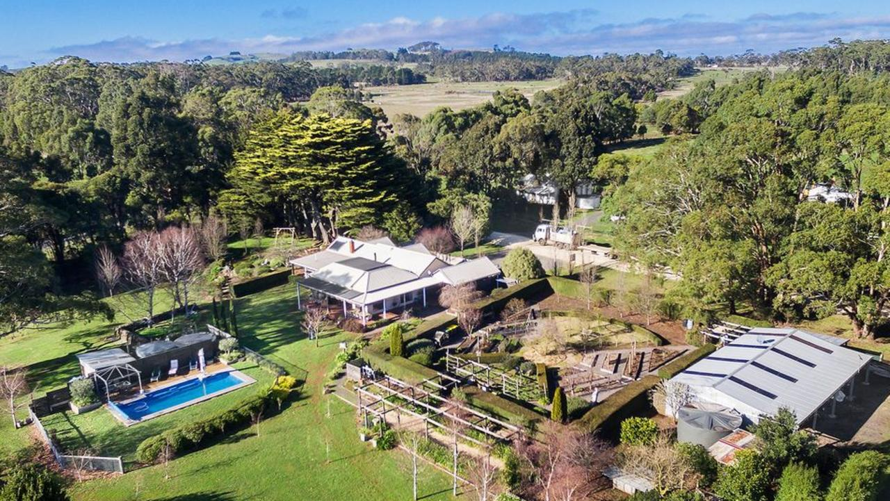 150 Howards Rd, Wattle Flat is for sale asking $1.625 million (plus GST if applicable).