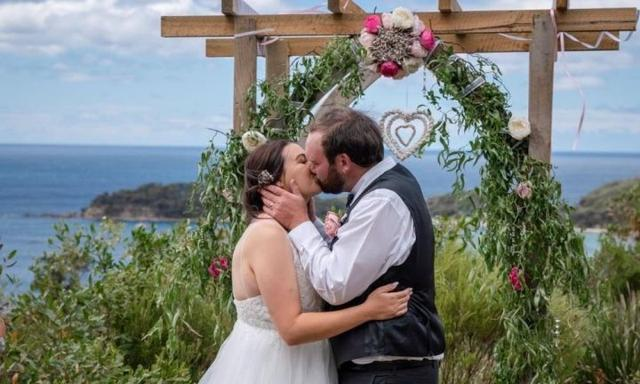Pregnant Tasmanian woman diagnosed with leukaemia a week after her wedding