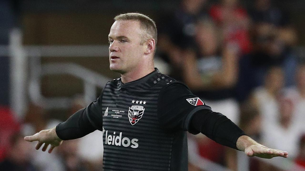 MLS: Wayne Rooney halfway line goal, video, watch, DC United