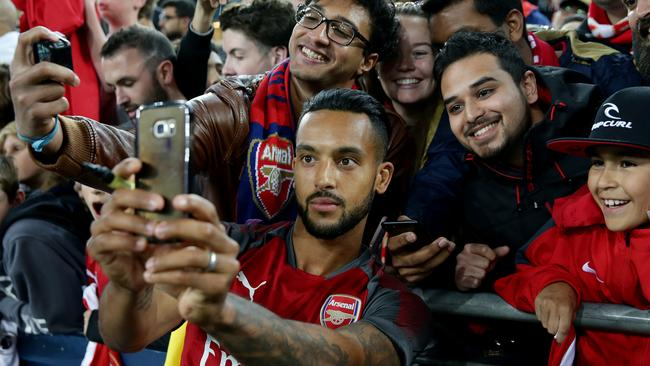 Theo Walcott and his Arsenal team-mates have thrilled fans on their first tour in Australia in 40 years.