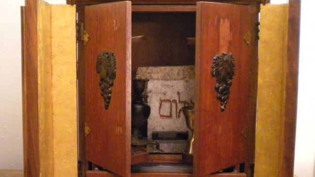 4/9The Dybbuk Box, Las Vegas First thing you need to know is what a dybbuk is – a demon in Jewish mythology. And this otherwise innocent looking box in Zak Bagan's The Haunted Museum is said to contain one. Back-story time: the item, which inspired the 2012 horror film The Possession, was originally auctioned on eBay in 2001 by a man who claims he bought it at an estate sale and its original owner was a survivor of the Holocaust. Apparently whenever he was around the box, he had the most horrific nightmares. It has such a rep that on a 2018 episode of Ghost Adventures it was touched by singer Post Malone. Who is now hosting concerts for Pokemon so you decide…