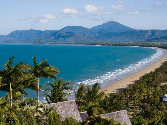 Four Mile Beach Picture: Tourism Tropical North Queensland