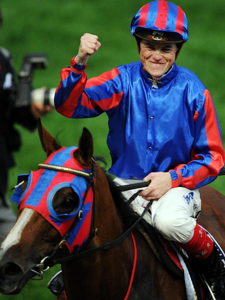 Moonee Valley. Craig Williams wins the 2011 Cox Plate on Pinker Pinker.