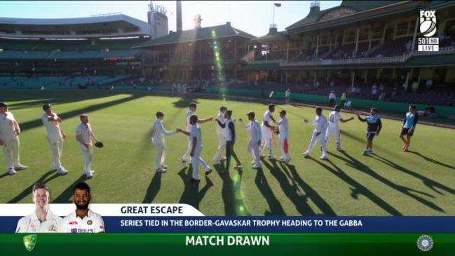 India escape SCG with a draw