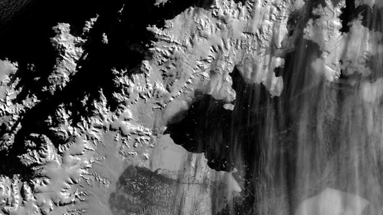 A Mar 2002 satellite view showing about 300sq.kms  of the Larsen B Antarctic ice shelf (C) which has collapsed with alarming speed over recent months. The ice shelf had a surface area of some 3,250 sq.kms and was some 200m  thick, before it collapsed into small icebergs.    (AP pic/courtesy/Ted /Scambos /National /Snow and /Ice /Data /Center, Uni/of /Colorado, PA)  aerials iceberg /B   environmental conservation global warming  antarctica nq