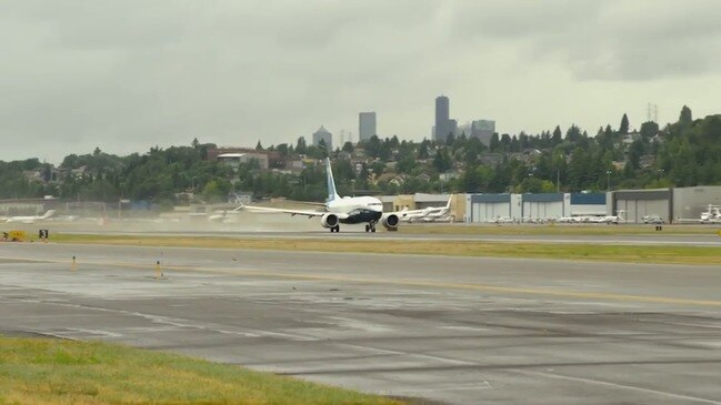 Boeing 737 MAX Completes Test Flights in Seattle
