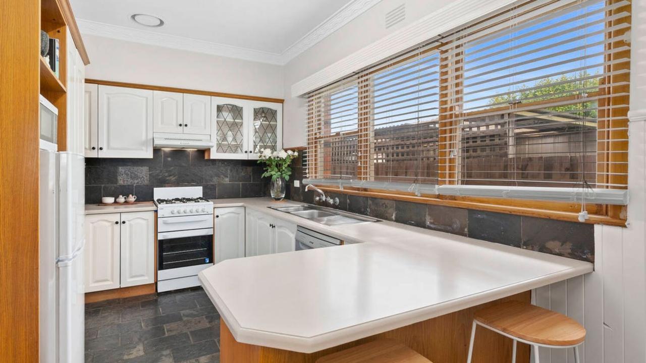 1 Marlborough St, Herne Hill, sold for $770,000.