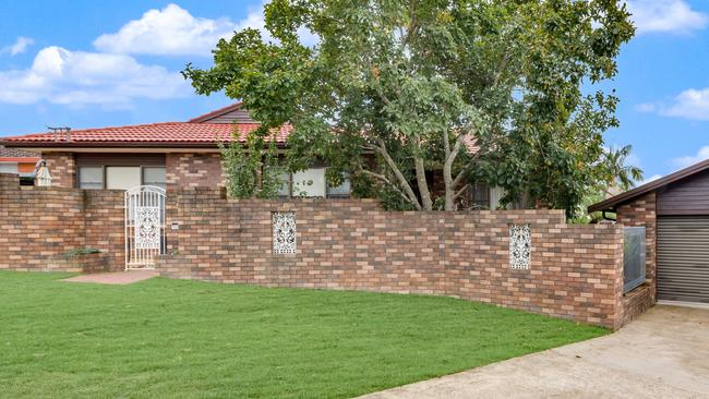 Here is a new listing in the tightly-held suburb.