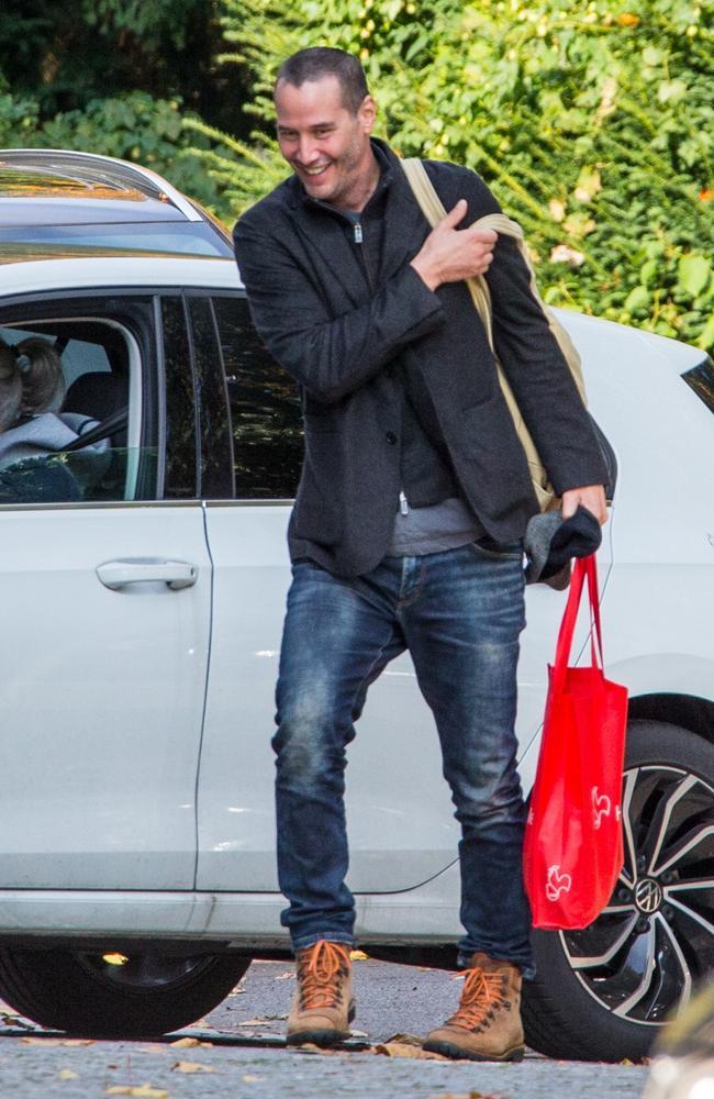 Keanu's hair is gone! Picture: Splash News/Media Modee
